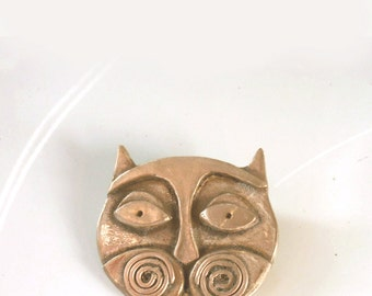 Cat jewelry, Unique Cat Pin, Bronze Abstract Kitty Face Brooch