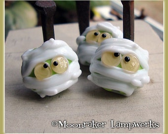 Mummy Halloween Lampwork Bead