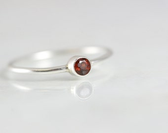 January Birthstone Ring - Stackable Mothers Ring - Mom Ring - Stacking Rings for Mom - Birthstone Rings For Mothers - Thin Band Garnet Ring
