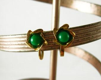 Green Flower Earrings, Green and Gold Earrings Gold and Green Earrings, Small Flowers Gold Flower Earrings Little Flower Screw Back Earrings