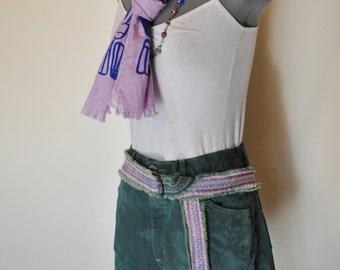 Green Sz 10 Denim Jean SHORTS - Hand Dyed Blue Green Urban Denim St. Johns Bay High Waist Cut Off Shorts - Adult Womens Size 10 (30 waist)