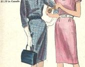 Vogue 5193 / Vintage 60s Sewing Pattern / Dress / Size 12 Bust 32