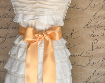 Satin sash in your choice of colors. Bridal belt Bridesmaids sash Flower Girl sash. Pale gold shown