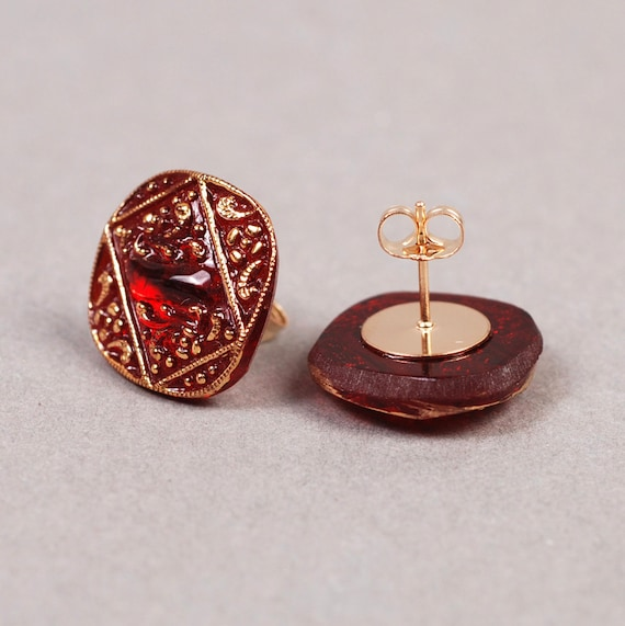 Christmas earrings red glass post gold