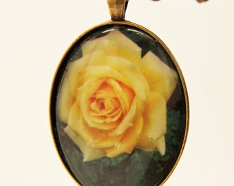 Bright Yellow Rose Pendant with gift box in bronze  P-212