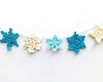 Snowflakes garland - Christmas tree decoration - handmade holiday ornament - small snowflakes garland - crochet snowflakes decoration ~31 in