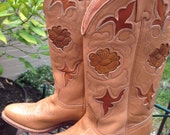 Further SALE.  Vintage Texas Western Cowboy Leather Boots. US size 6.5 M. Gorgeous inlay floral works. Mint Vintage.