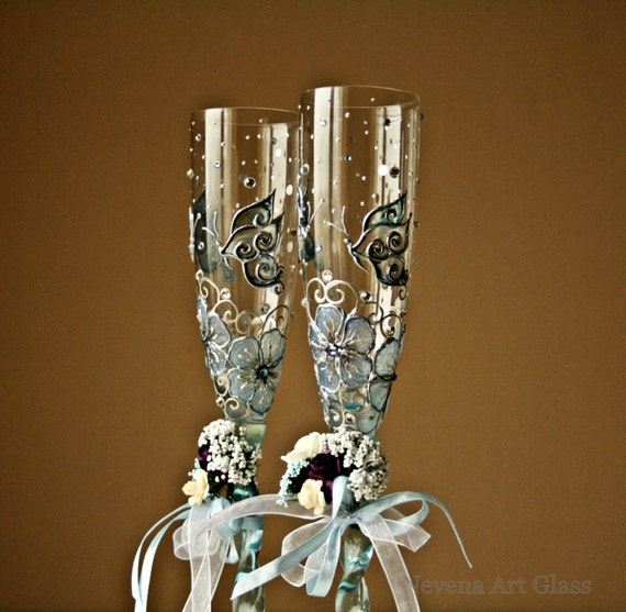 Wedding Glasses, Butterfly Glasses, Aqua Blue, Champagne Flutes, Toasting Flutes , Hand Painted Set of 2 Please read the description