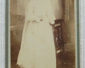 Antique French CDV Photo - Girl in a Confirmation Gown (Odinot, Nancy, France)