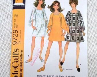 Vintage 1960s Dress Pattern McCall's 9729 A Line Bell Angel Sleeves MIni Dress Mod Hippie Go Go Bust 32.5 1969 Square neckline hankerchief