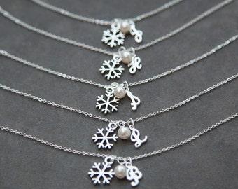 Personalized Bridesmaid Bracelet, Set of 6 Six, Snowflake Bridal Jewelry, Initial Bridesmaid Gift Bracelet, Winter Wedding
