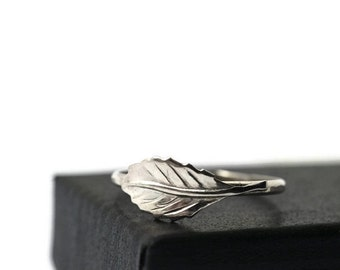 Silver Leaf Ring, Handforged Sterling Silver Ring, Silver Stacking Ring, Nature Jewelry