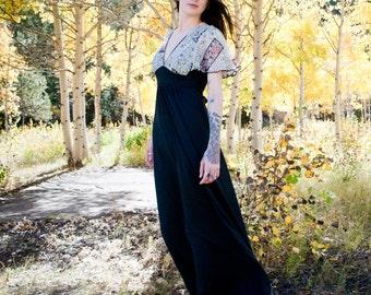 SALE 30% OFF - Lady Butterfly Vintage Flutter Sleeve Maxi Dress