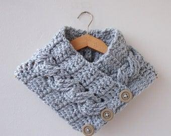 Crochet PATTERN button cable cowl, women neckwarmer, loop scarf, man, woman, DIY photo tutorial, PDF