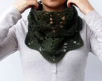 Crochet PATTERN leaves cowl women, woodland neckwarmer , woman loop scarf , DIY tutorial, Instant download