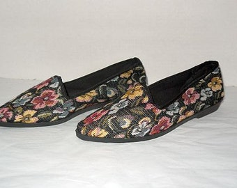Rush hour ... vintage 80s 90s shoes flats / tapestry  loafers slip on / floral flower fabric / NOS deadstock unworn .. 7.5 US 5.5 37 38 EU