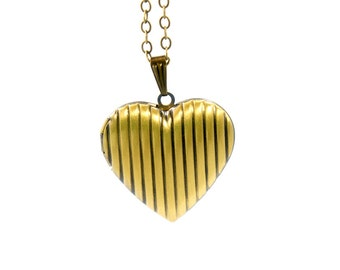 Lovely Heart Locket - Vintage Style Antiqued Brass Romantic Heart Shaped Locket Necklace - Ideal Bridesmaids Gift Idea