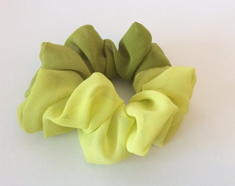 Gradation Scrunchie (Yellow )- Handmade Scrunchie