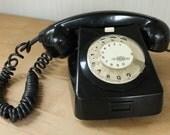 Mechinekai Muvek Black Bakelite Rotary Electric Telephone Hungary 1989