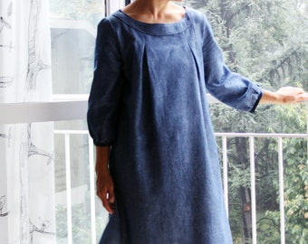 The librarian  tunic dress in chambray. Italian cotton and viscose blend. Sizes S to XL. Made to order.