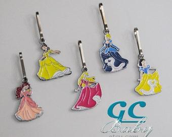Princess Charm Zipper Pulls Set of 5 - Ariel, Belle, Aurora, Cinderella, Snow White - Party Favors, Accessory, Pendant