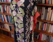 Reserved for Bonnie-HAWAIIAN CASUALS--Stunning Inky Black 1940s Vibrant Border Print Pake Muu'u-M,L