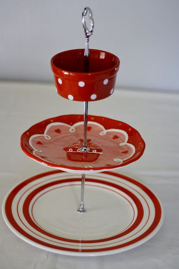 items similar to 3 tier cake stand fruit stand jewelry stand red and white cupcake stand on etsy. Black Bedroom Furniture Sets. Home Design Ideas