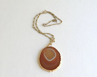 VIntage Agate Slice Necklace: Amber Waves vintage gold dipper agate slice necklave