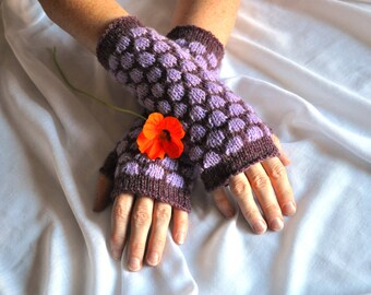 Purple and Lilac Knit Gloves, Hand Knit Gloves, Wrist Warmers, Knit Mittens, Plum Lilac Gloves, Purple Knit Gloves