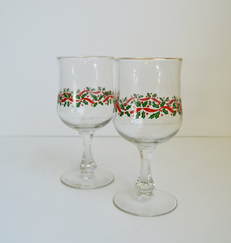 Vintage christmas glasses christmas wine glasses set of 2 wine for Holiday stemware