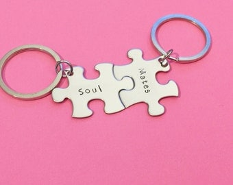 Soul Mates Keychains, Keychains for Couples, Couples Keychains, Keychain Puzzle pieces, Couples Gift, Boyfriend Gift, Girlfriend gift