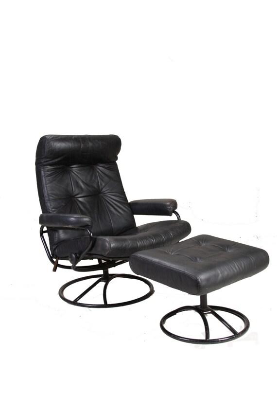 mid century ekornse stressless black leather lounge by motleyla. Black Bedroom Furniture Sets. Home Design Ideas