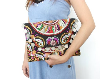 Colorful Graphic Clutch With Coins Embroidered HMONG Handmade (BG306WC-SN)