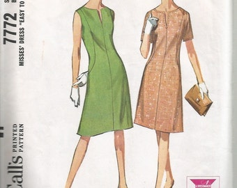 Vintage 1960's Sewing Pattern: Mod A-line Dress Pattern McCall's 7772 34 Bust