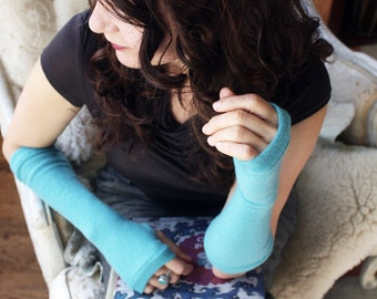 Cashmere Fingerless Gloves in robin's egg blue-  Fingerless Mittens - Wrist Warmers - armwarmers.