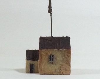 Little House w/Memo Clip