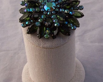 Stunning Sixies Vintage Unsigned Weiss Brooch