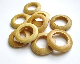 Acrylic Wooden Rings, 28mm Donut Beads for Jewelry Making, Sewing, Craft Supplies - 9 Pieces