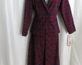 Womens vintage suit two piece jacket skirt red burgundy blue plaid 70s union label pleated skirt size 8 size S