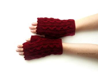 Short Burgundy Fingerless Knit Gloves