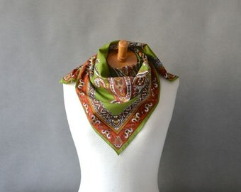 Vintage large scarf carré summer spring womens XXL chartreuse green paisley flowers floral square