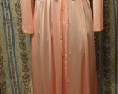 Vanity Fair Full Length Robe 1970's Lingerie Pink Nylon Lounger