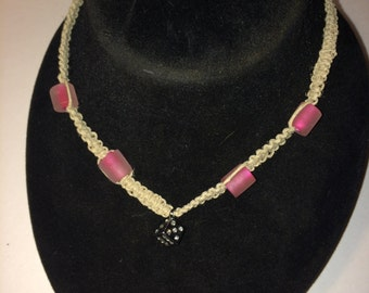 Bling dice hemp necklace in pink