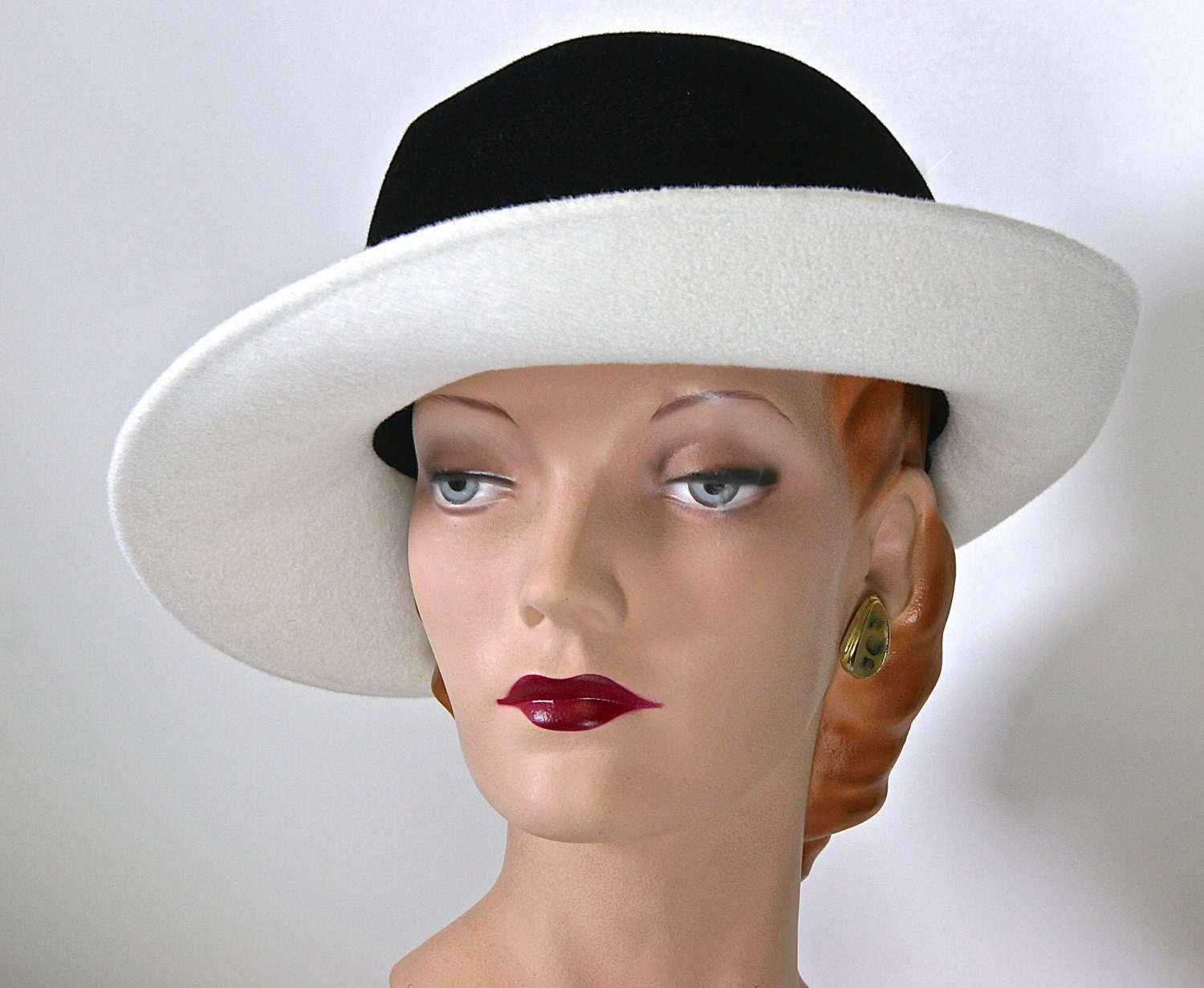 White and Black Womens Fedora Fur Felt Womens Hat Winter