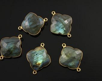 Labradorite, Bezel Clover Connector Gemstone Component, Gold Vermeil , 22mm, 1 Piece, (BZC8034/LAB)