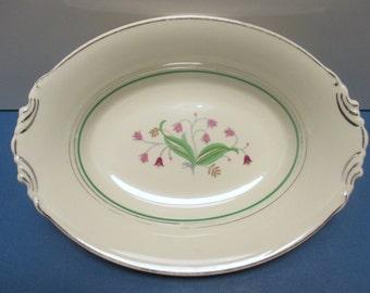 Syracuse Old Ivory Coralbel Pattern - Virginia Shape - Oval 10 Inch Vegetable Bowl