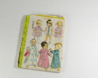 McCall's 8718 – Vintage 1967 Toddler's Wardrobe Size 2