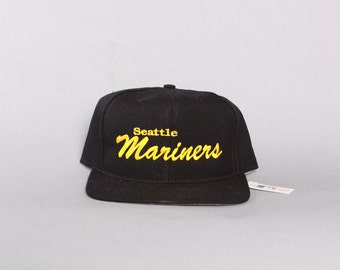 90s SEATTLE MARINERS Hat /  Men's 1990s Annco Embroidered Deadstock SNAPBACK Cap New with Tags