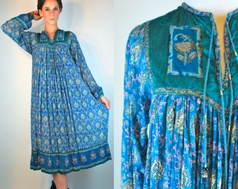 Vintage 1970s INDIAN GAUZE 100% Cotton Hand Painted Bohemian Dress. Hippie Gypsy Boho Floral Print Bell Sleeve Blue. Extra Small - Small