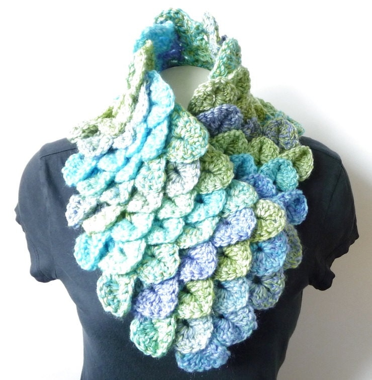 Free Knitting Pattern For Alligator Scarf : Cowl Scarf CROCHET PATTERN Crocodile Stitch Crochet Neckwarmer